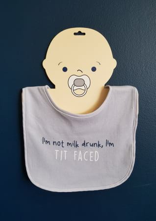bib with tit faced